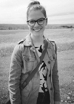Tamara Hauser (McCarty) Headshot