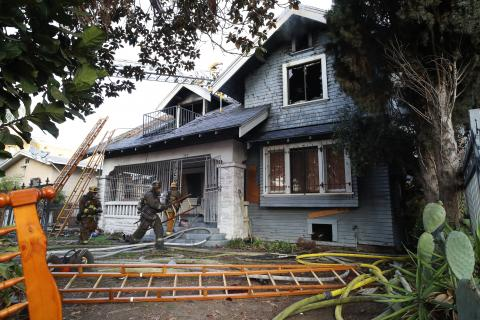 Two Injured When Fire Erupts in Vacant Koreatown Home