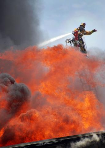 Lafd Battles Major Emergency Commercial Fire Los Angeles