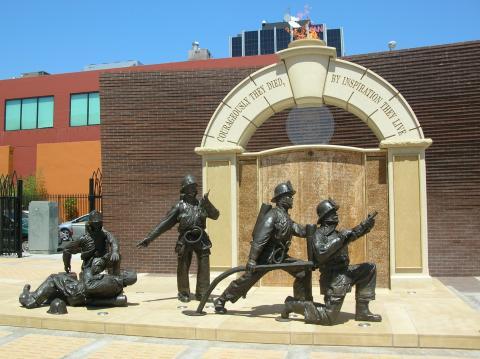 LAFD Firefighter Memorial statue